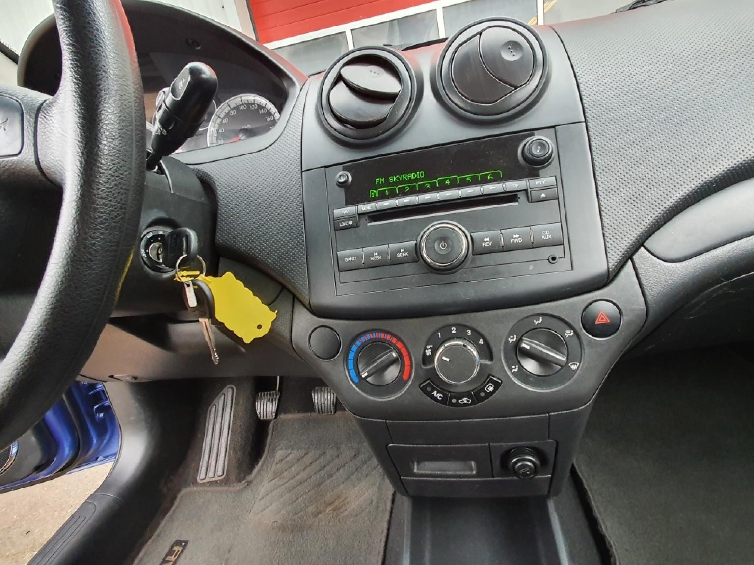 Chevrolet-Aveo-10